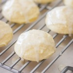 Soft Ricotta Cookies With Vanilla Bean Glaze