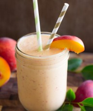 Skinny Peach Cream Slush - a peach lover's dream & only 3 ingredients!