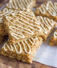 Maple Almond Oat No Bakes - the no bake cookies you loved as a kid with a little makeover for Fall!