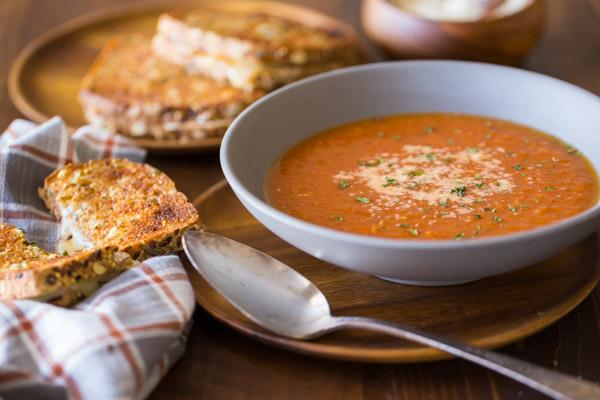 https://lovelylittlekitchen.com/manage/wp-content/uploads/2015/10/Homemade-Tomato-Soup-1.jpg