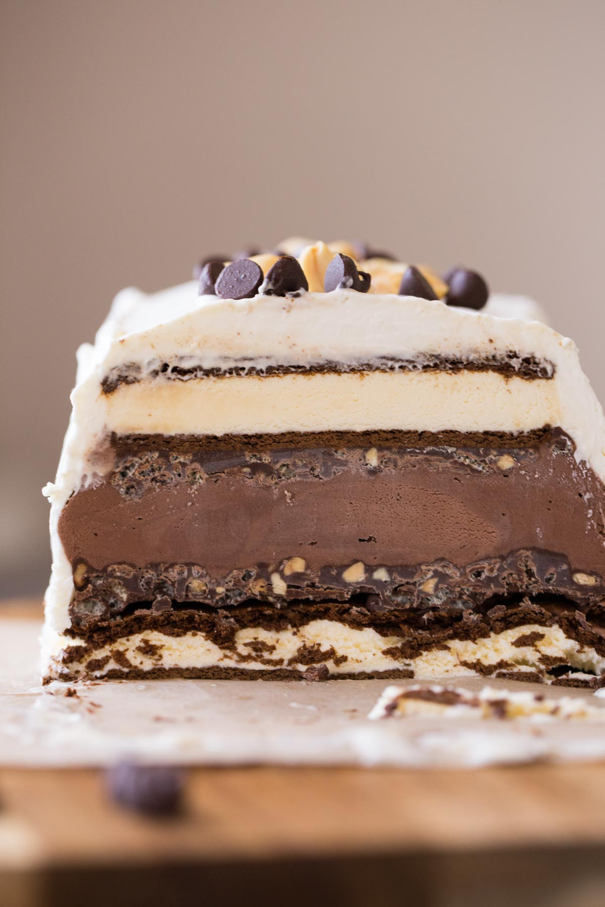 How To Make Crunchy Layer Of Ice Cream Cake